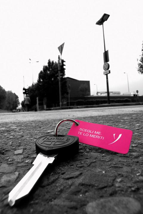 007_lancia-Y-chiavi-perse-1